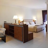 Suites & Residence Hotel, hotell i Pozzuoli
