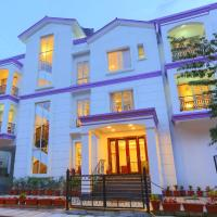 Lilac Hotel 3rd Block, hotel in Bangalore