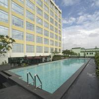 Grand Zuri Cikarang Jababeka, hotel in Cikarang