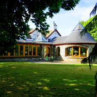 Errichel House and Cottages, hotel in Aberfeldy