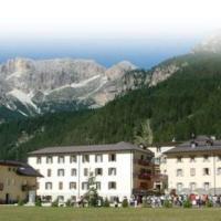 Soggiorno Dolomiti, hotel in Mazzin