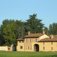 Agriturismo Cascina Pezzolo, hotell i Lodi
