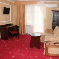 Отель Премьер, отель в Голубицкой