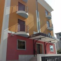 Hotel Fly, hotel in Casoria