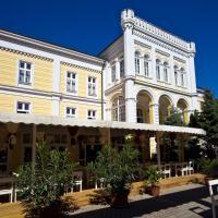 Hotel Astoria, отель в Балатонфюреде