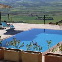 Dar El Mandar - Ferme & Table d'Hôte Berbère, hôtel à Bhalil