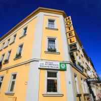Hotel Am Kuhbogen, hótel í Hof
