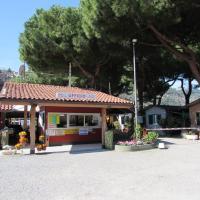 Camping Roma, отель в Вентимилье