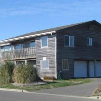 Coquille Point Condo, hotel in Bandon