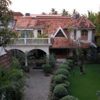 Anns Residency, hotel in Cochin