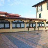 Albergo Ristorante Quadrifoglio, hotell i Urgnano