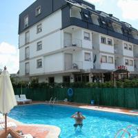 Hotel Piñeiro 2 Estrellas Superior, hotel en A Lanzada