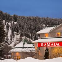 Ramada Limited Golden, hotel em Golden