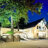 Villa Park, hotel near Solidarity Szczecin-Goleniów Airport - SZZ, Goleniów