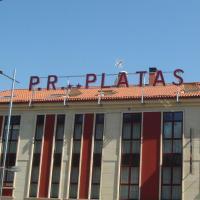 Pensión Residencial Platas, hotel in O Pedrouzo