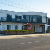 Heyfield Motel and Apartments, hotel in Lakes Entrance