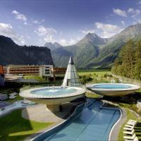 Aqua Dome 4 Sterne Superior Hotel & Tirol Therme Längenfeld, hotel in Längenfeld