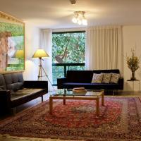 Diaghilev LOFT live art hotel, hotel in Tel Aviv
