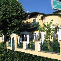 Landgasthof zur Goldenen Traube, Hotel in Podersdorf am See