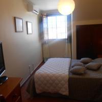 Apartamentos Turisticos Queluz, hotel in Queluz