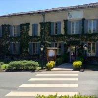 L'Hôtel du Périgord, hotel in Aubeterre-sur-Dronne