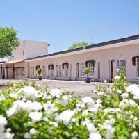 Wagon Wheel Country Lodge, hotel in Beaufort West