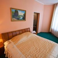Гостиница Кристалл, отель в Ханты-Мансийске