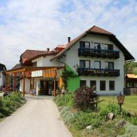 Familienparadies Reichenhauser, hotel in Keutschach am See
