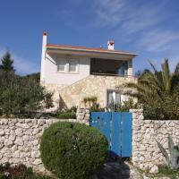 Cosy house by the sea, hotel in Ist