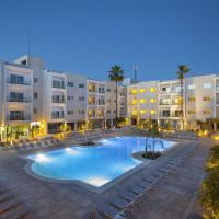 Mayfair Hotel formerly Smartline Paphos, hotel di Paphos City