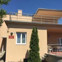 Süle Apartments & Rooms
