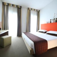 Hotel Trieste, отель в Римини