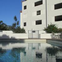 Edge Apartments Cairns, hotel near Cairns Airport - CNS, Cairns