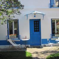 Le Jardin de Cécile et Benoit - Bed and Breakfast, hotel in Malakoff