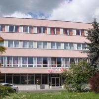 Hotel Steiger, отель в Крнове