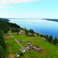 Two Eagles Lodge, hotel em Union Bay