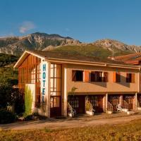 Hotel Torrecerredo, hotel in Arenas de Cabrales