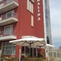 Malina Family Hotel, отель в Приморско