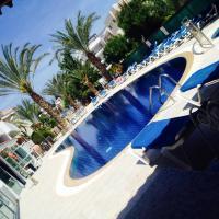M. Moniatis Hotel, hotel in Limassol