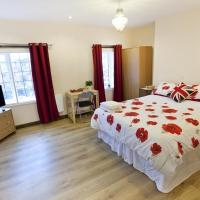 Emporium Self Catering Apartments - City Centre - Full Kitchen - Cook as you would at Home - by Victoria Centre Shopping Centre with private outside Patio