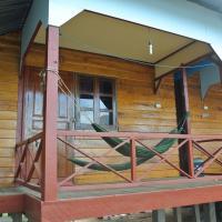 Tavendang Guesthouse, hotel en Don Det