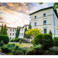 Hotel Fenix, hotel in Jelenia Góra