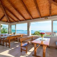 Villa Adriatic Rooms, hotel in Mlini