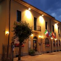 Hotel La Pendola, hotell i Ozzero