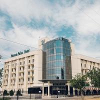 Отель Виктория Палас, отель в Астрахани