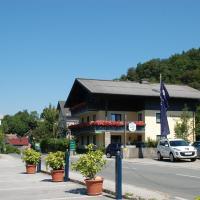 Gästehaus Sunkler, hotel in Golling an der Salzach