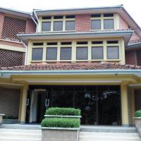 Crown Suites Ltd