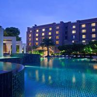Radisson Blu Plaza Delhi Airport, hotel in New Delhi