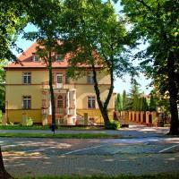 Willa Pod Różami – hotel w mieście Inowrocław