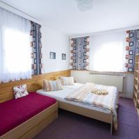 Rodinný penzion Skiland, hotel in Ostružná